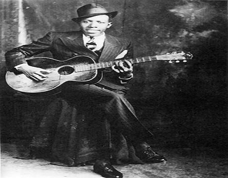 Eric Clapton «crossroads» Chanson composée par une des plus grandes légendes du blues Américain Robert Johnson disparu en 1938  à l'âge de 27 ans.  clip vidéo avec Eric Clapton.
